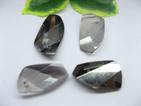 30 Assorted Gray Glass Pendants pd-gd-ch13