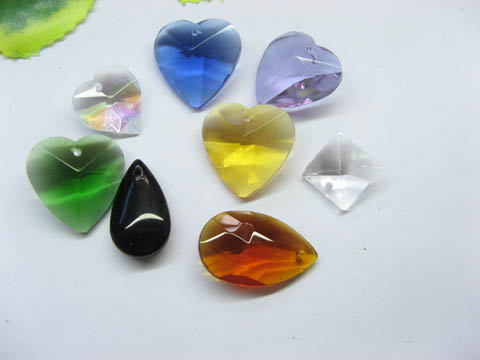 50 Assorted Glass Pendants pd-gd-ch19