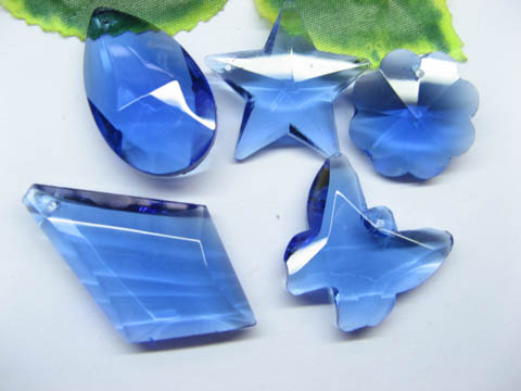 30 Assorted Blue Glass Pendants pd-gd-ch3